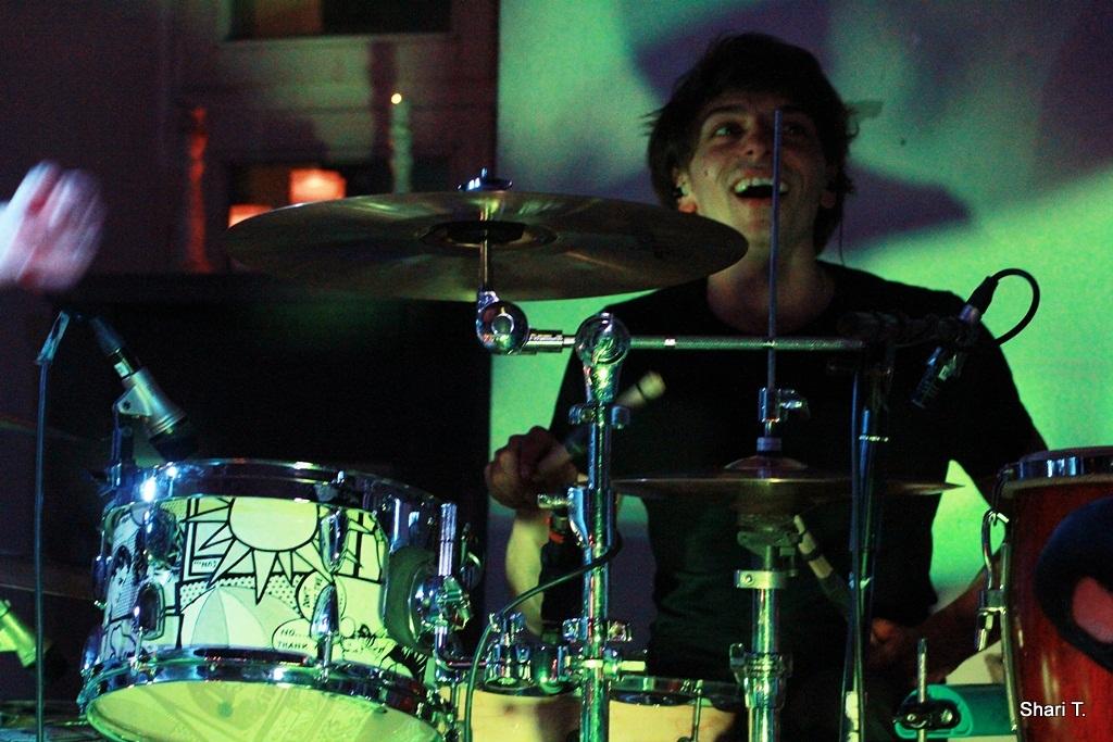 Drummer Jan von der Band JENIX